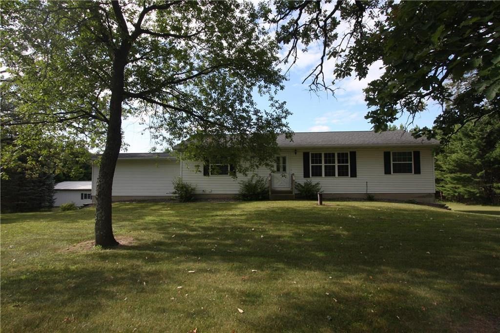 6919 Nine Mile Creek Road, Eau Claire, WI